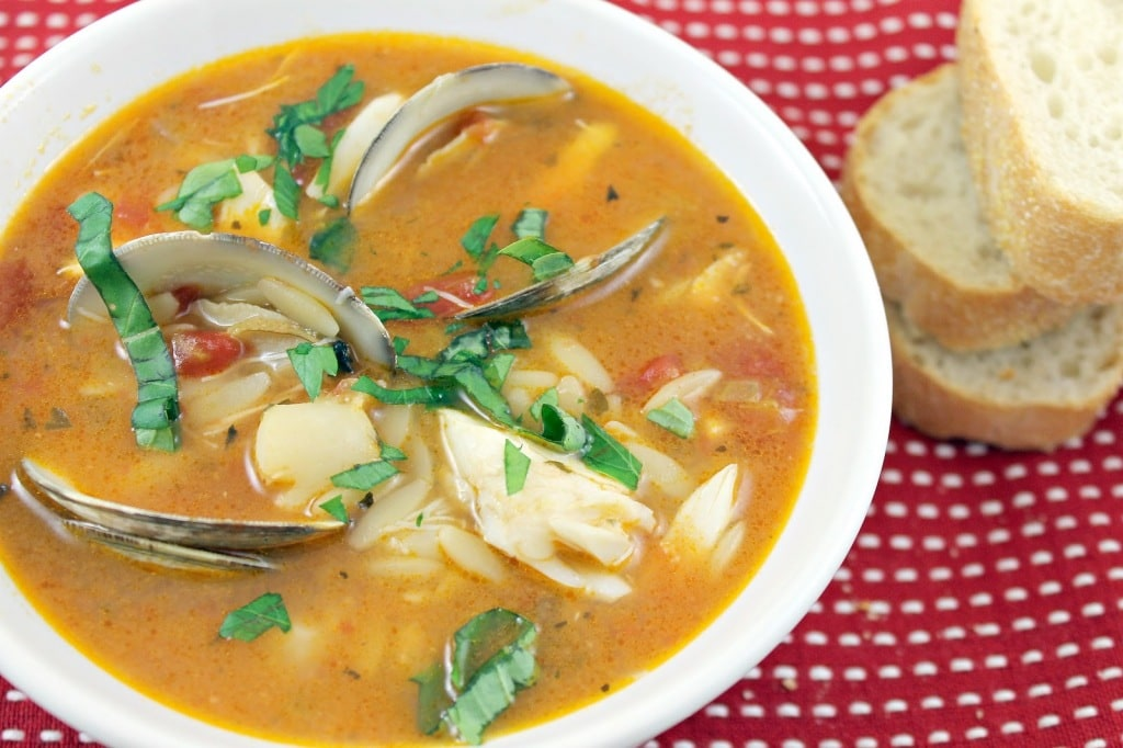 Tomato Seafood Chowder &Review of Pomi Vodka Sauce