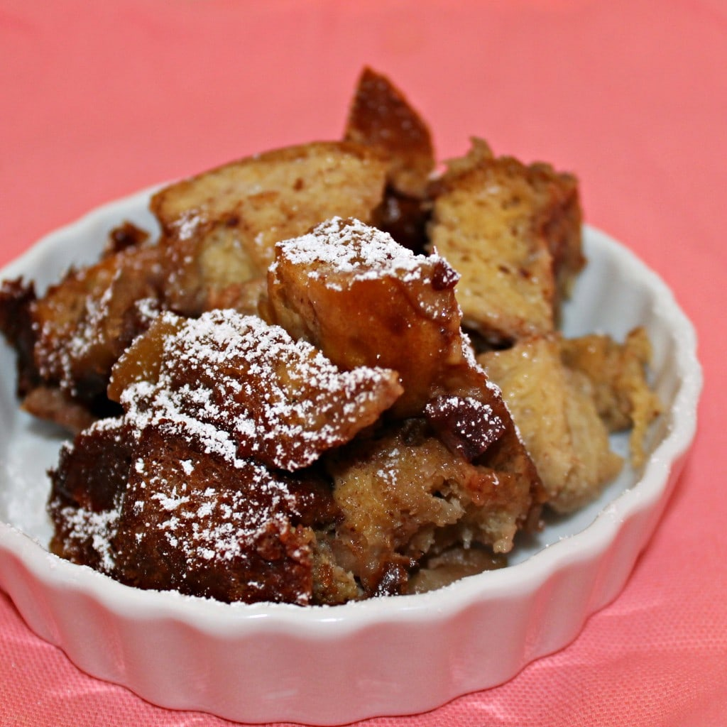 Slow Cooker Apple French Toast Casserole