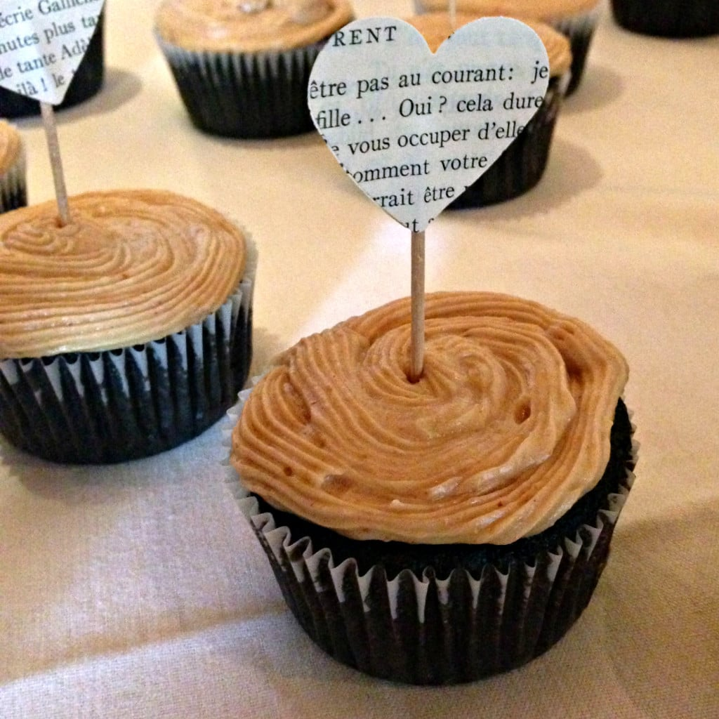 Vegan Dark Chocolate Cupcakes w/ Peanut Butter Frosting Recipe | I Can ...
