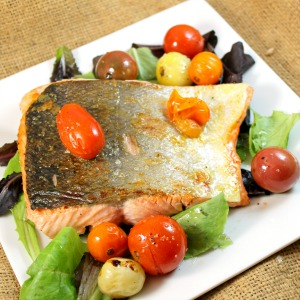 Salmon Salad with Roasted Cherry Tomatoes