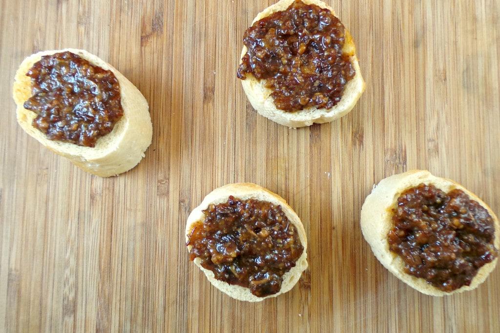 Slow Cooker Maple Bourbon Bacon Jam