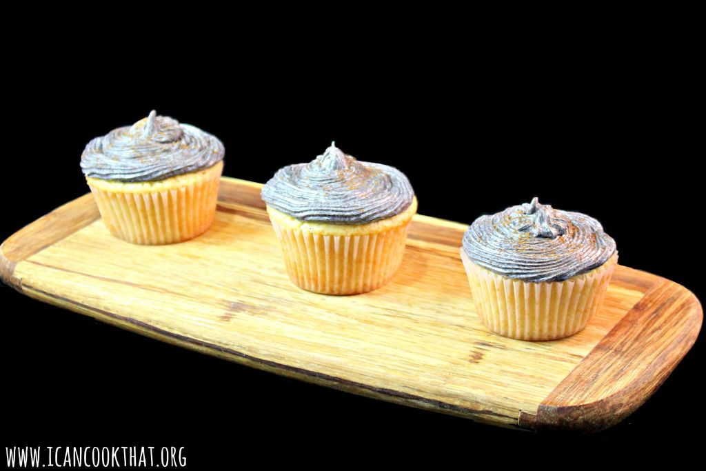 Vanilla-Almond Cupcakes with Plum Frosting #SwapMilk4Silk
