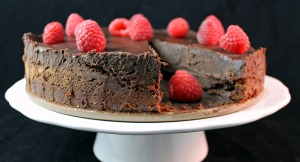 Flourless Chocolate Cake with Dark Chocolate Ganache #Choctoberfest