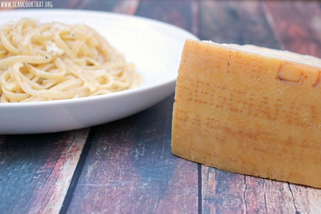Cacio e Pepe (Cheese and Pepper Pasta)